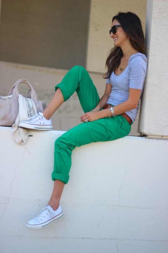 Mom style inspiration - converse shoes, green pants, gray top