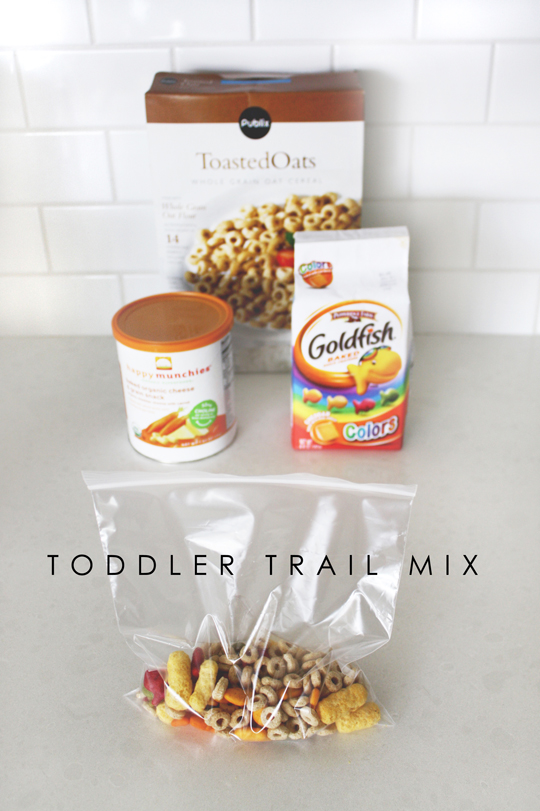 kid snack ideas - toddler trail mix