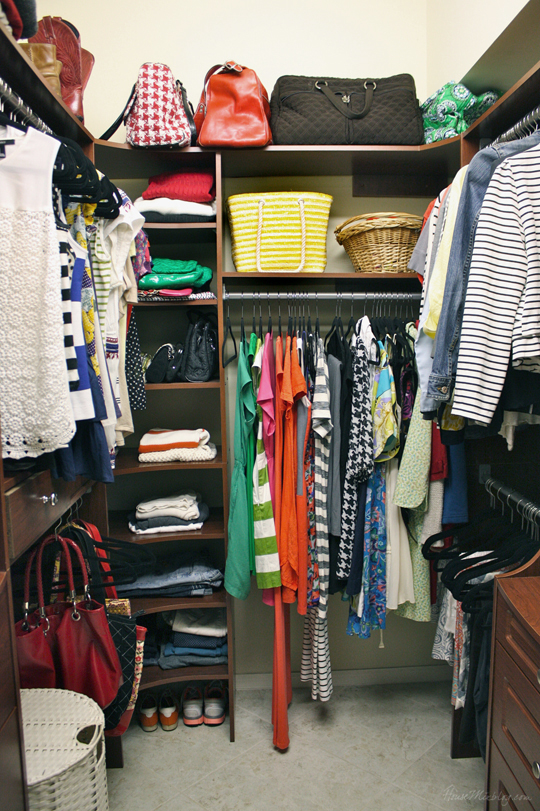 How I simplified and organized my closet