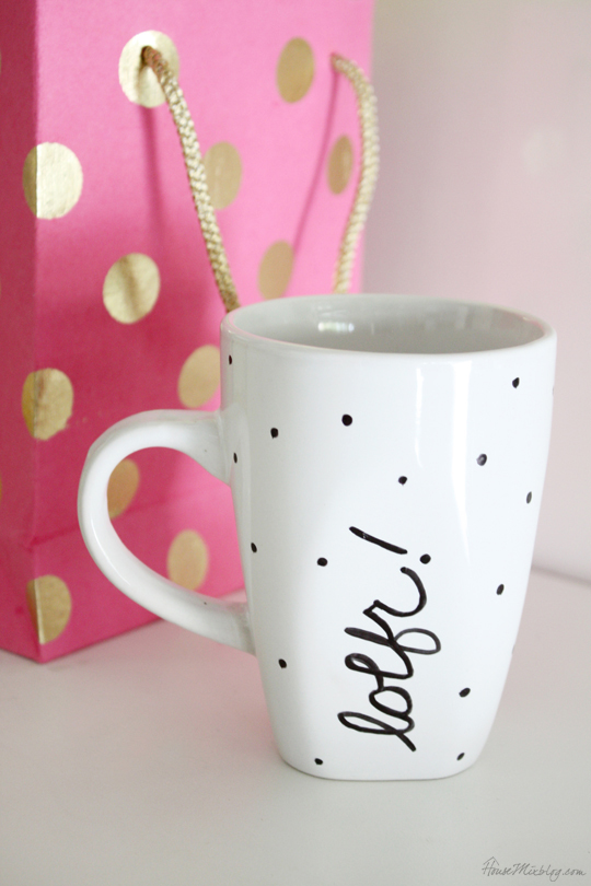 DIY homemade gift - personalize a dollar store mug with a Sharpie