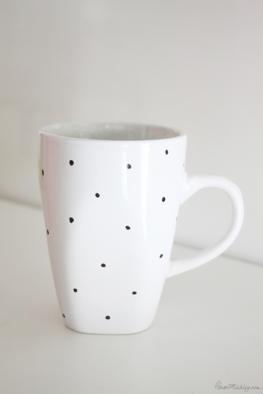 DIY mug design with a Sharpie