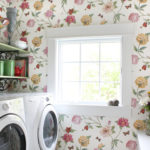 Country House: Floral laundry room