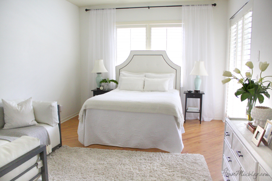 all white master bedroom house mix