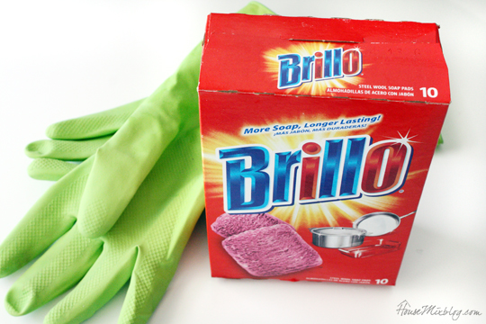 Brillo Pads are a secret cleaning weapon in the the bathroom and kitchen