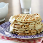 Healthy applesauce waffles to freeze