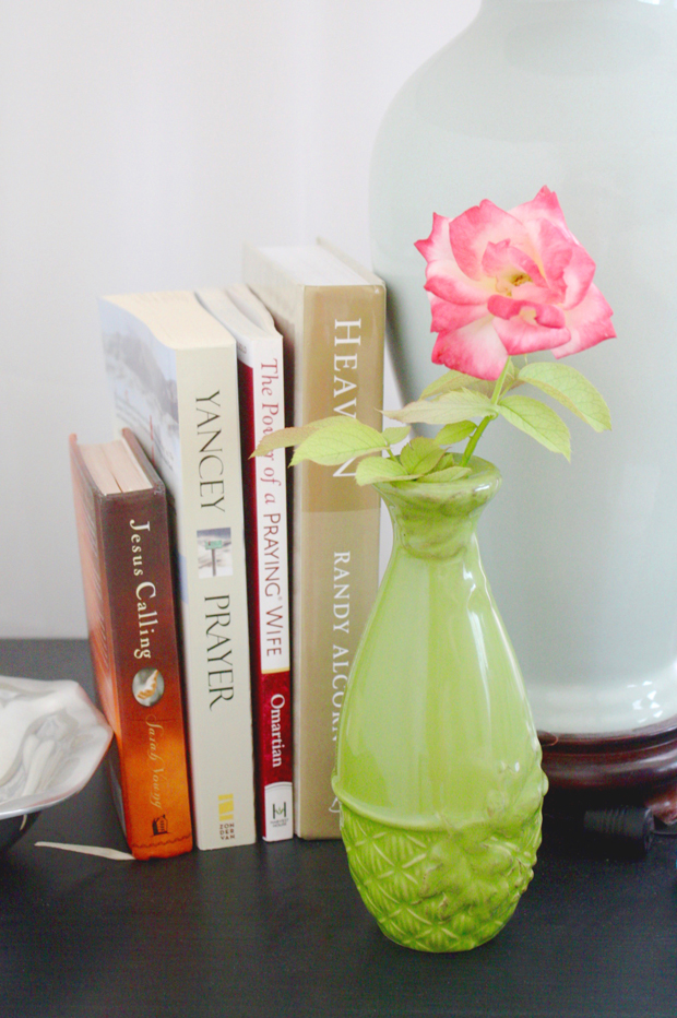 nightstand-reading-list-go-to-books