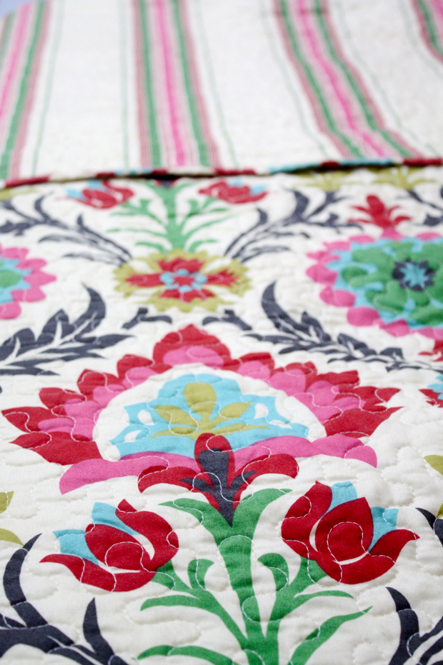 pop-of-color-with-a-desert-santa-maria-bedspread