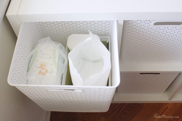 Changing table - Easy way to organize diapers and wipes