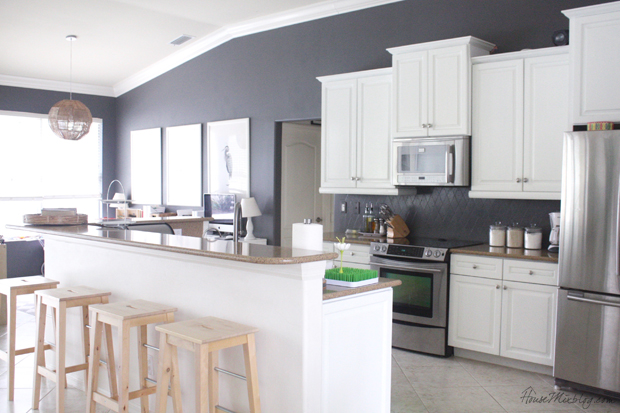 Merveilleux I Finally Finished Painting My Entire Kitchen U2014 Walls, Cabinets, And  Backsplash. It Looks Like A Different Kitchen! It Was Very Economical  (about $200), ...