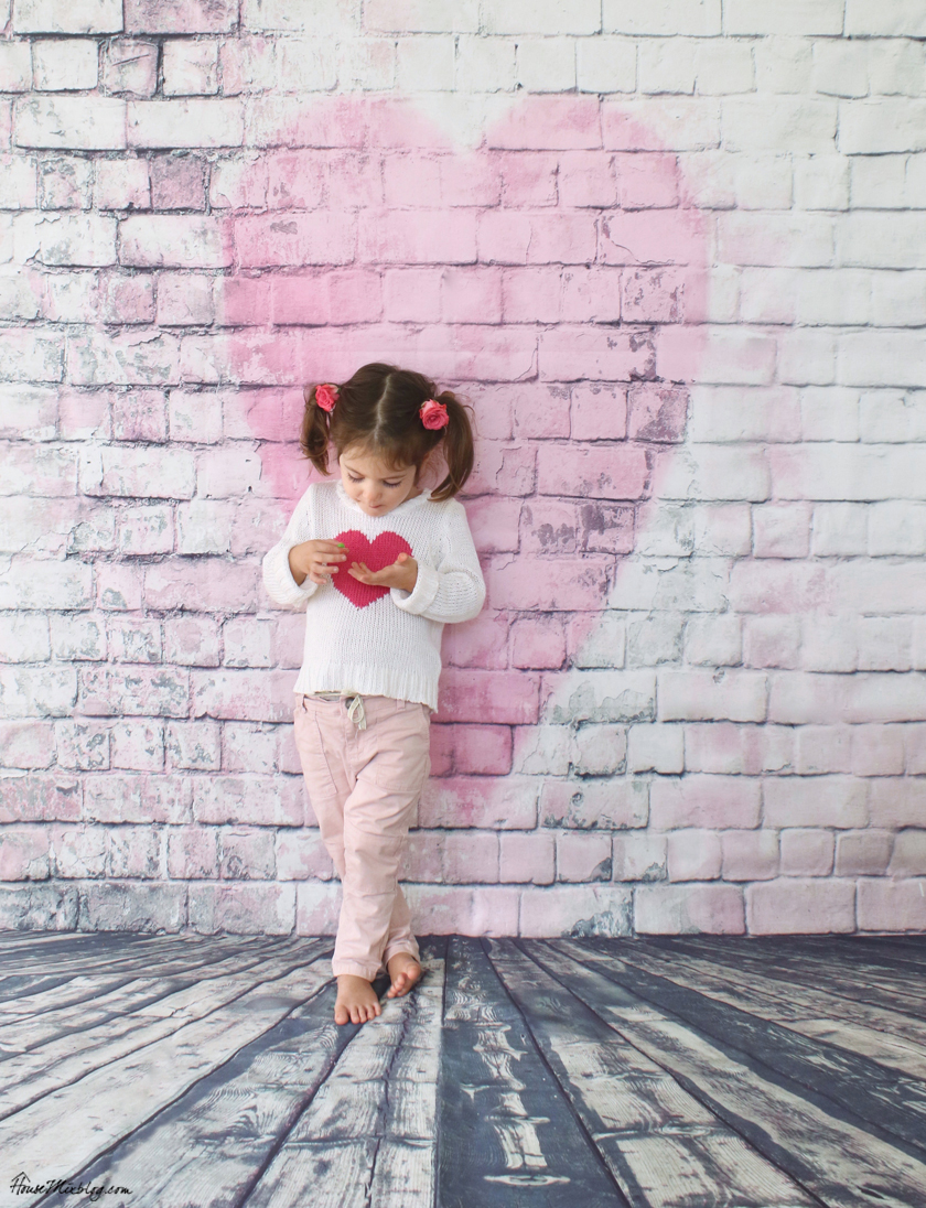 Inexpensive vinyl photo backdrop for kids