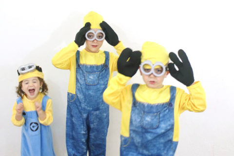 Siblings costumes - minions