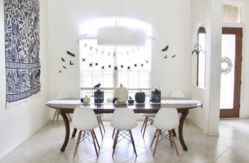 Simple black and white halloween decor and tablescape