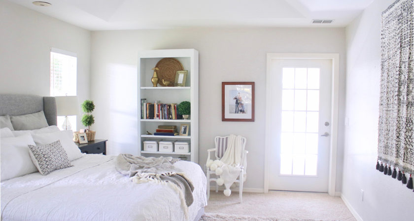White and gray master bedroom | House Mix