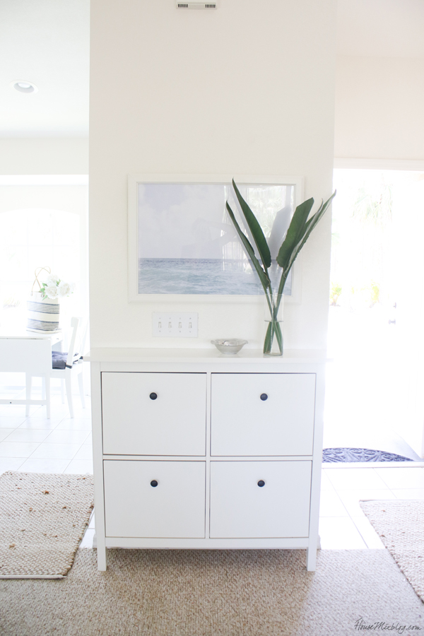 HEMNES Shoe cabinet with 4 compartments in entryway