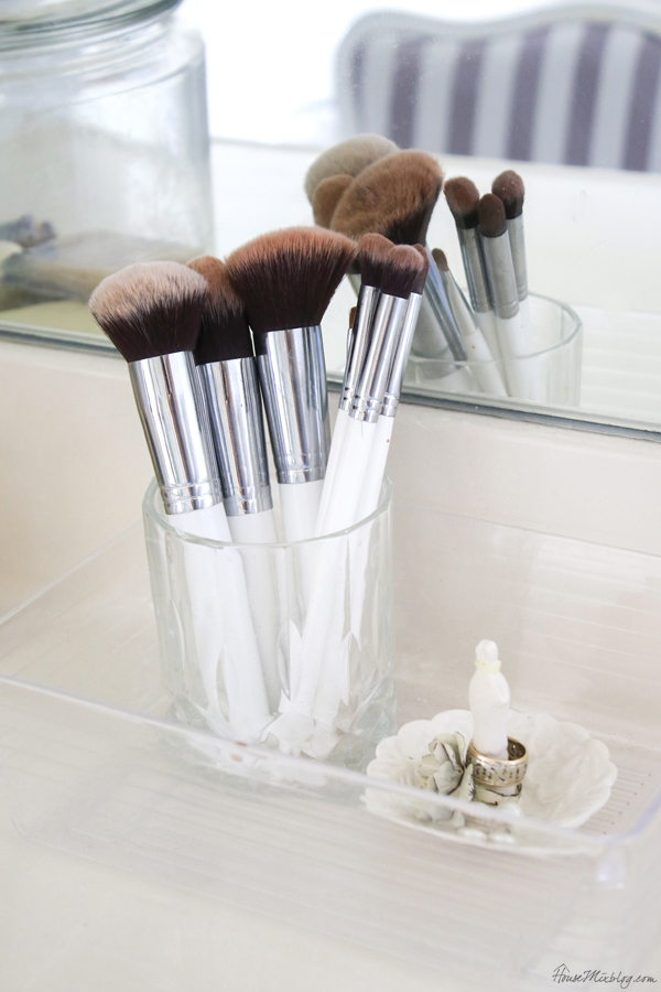 bathroom organization ideas - leave pretty things out to save cabinet space