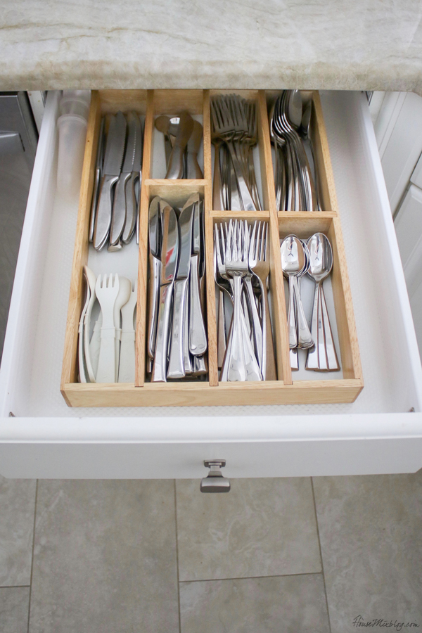 kitchen organization - silverware drawer