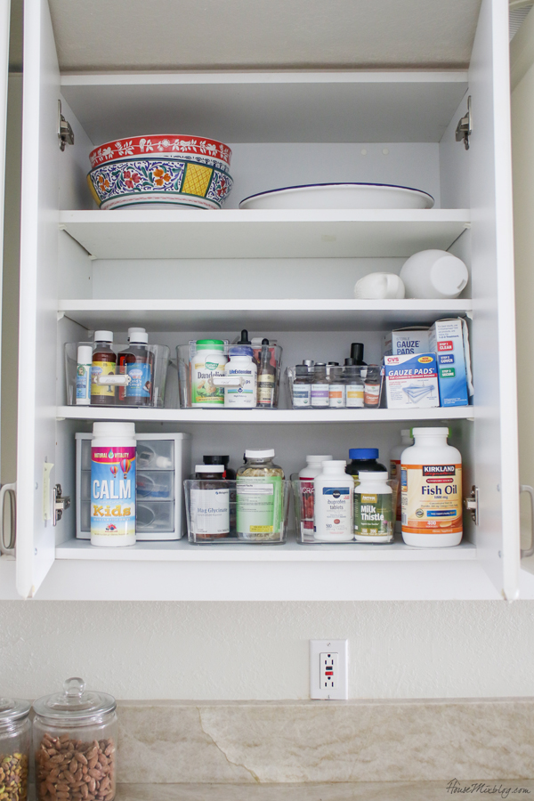 medicine cabinet organization and storage ideas