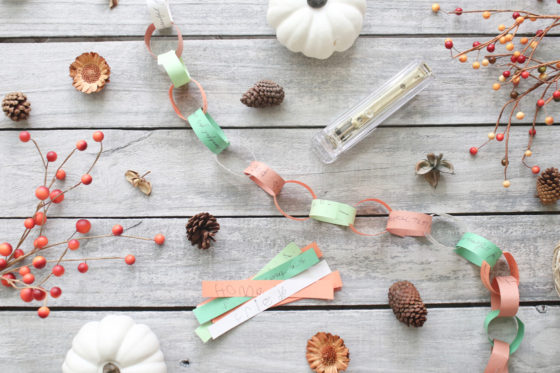 Thanksgiving craft: Family thankful chain