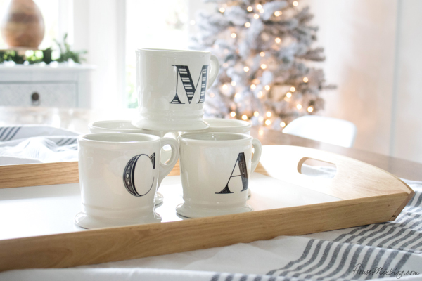 simple christmas tablescape and decor - mugs on a tray for hot chocolate