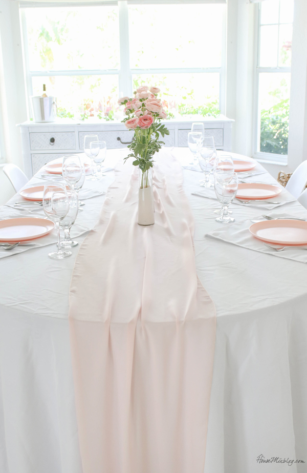cheap pink tablescape