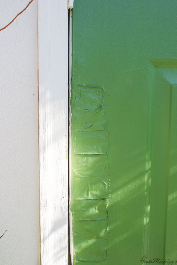 Benjamin Moore Courtyard Green door