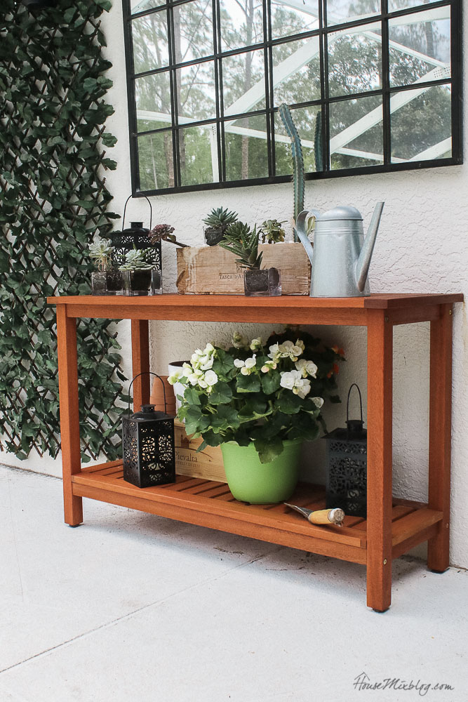 Patio, pool and lanai decor ideas on a budget- 100 dollar outdoor console table