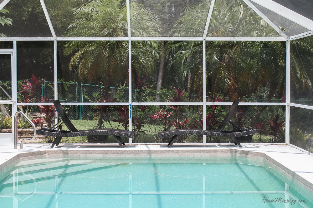 Patio, pool and lanai decor ideas on a budget-durable lounge chairs