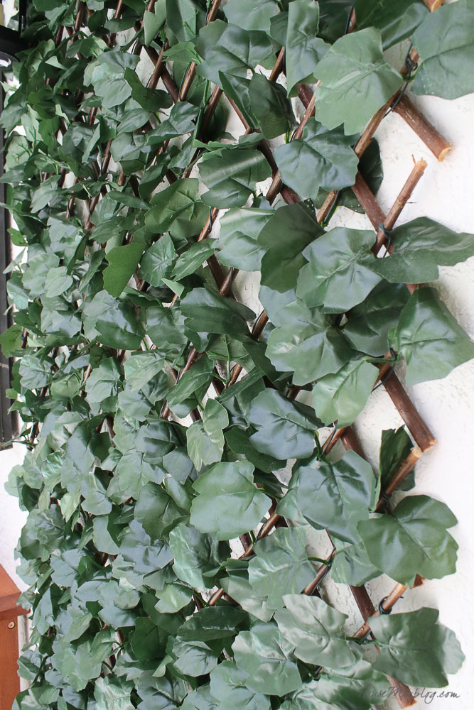 Patio, pool and lanai decor ideas on a budget-expandable faux ivy screen for 44 dollars