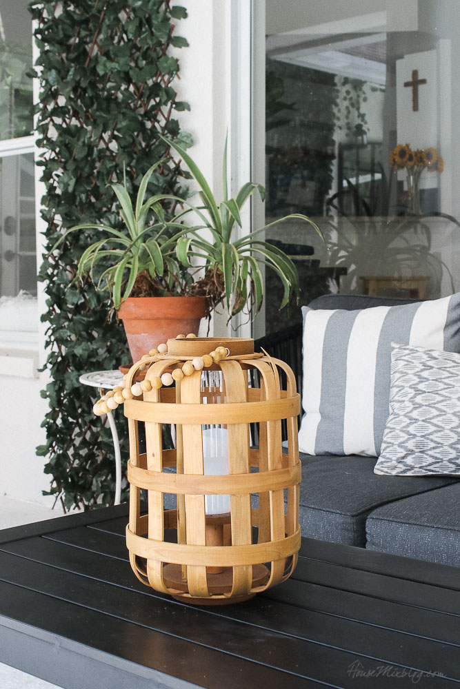 Patio, pool and lanai decor ideas on a budget-outdoor accessories
