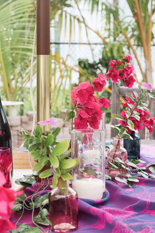 Table setting outside - Outdoor dining in hot pink and purple- boho tablescape