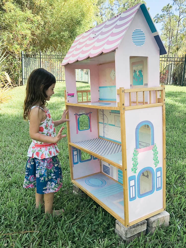Doll house makeover with DIY Barbie furniture-2