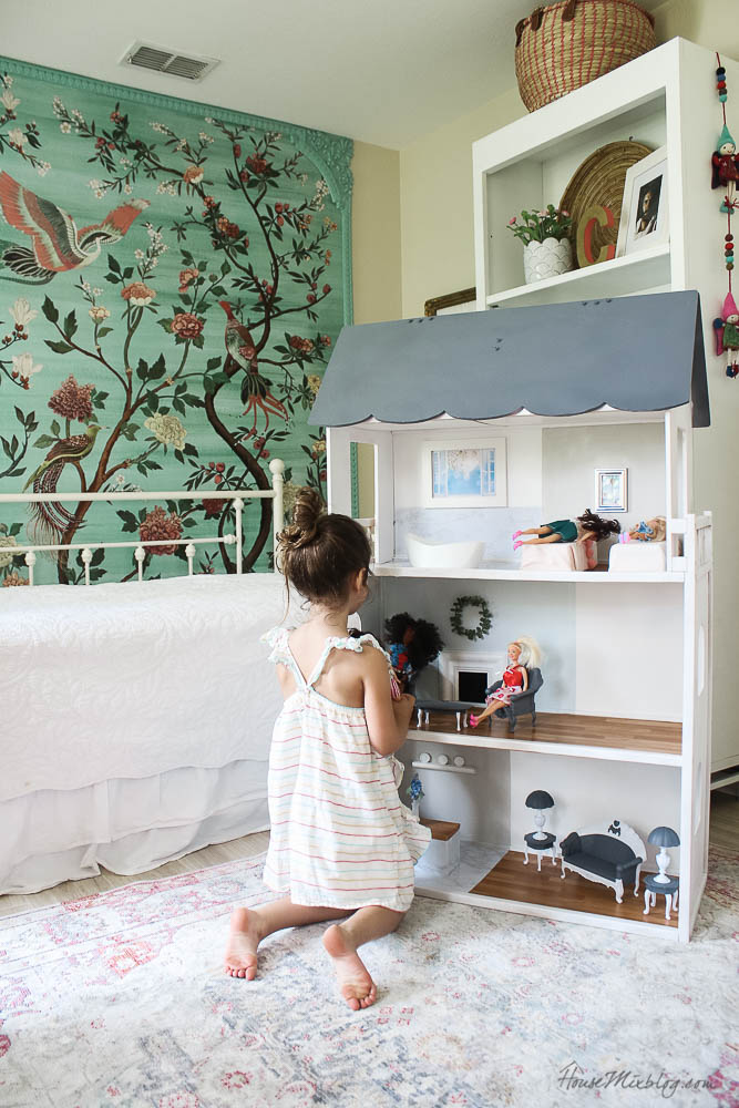Doll house makeover with DIY Barbie furniture-34