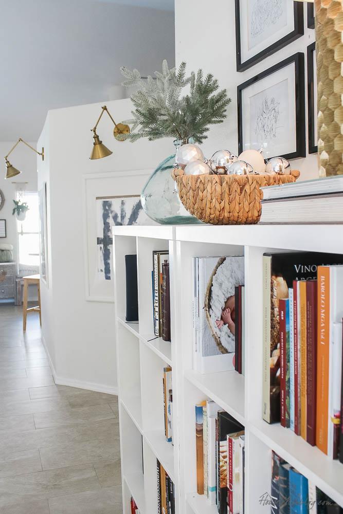 Christmas decor - blush and gold - holiday home tour