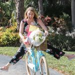 What I learned giving 53 bouquets to strangers