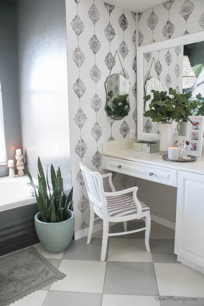 Bathroom makeover with only paint - I painted the floor, grout, bathtub panel, backsplash, wall, even the shower