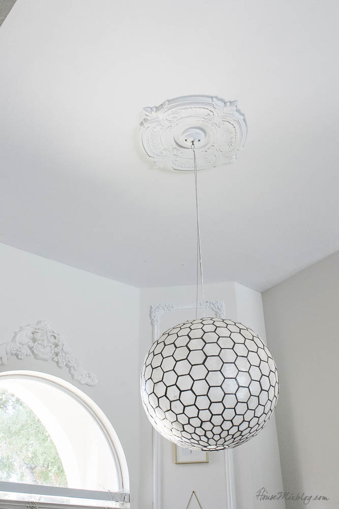 Cheap moulding - DIY - trim and ornate moulding - round light fixture moulding - ceiling medallion