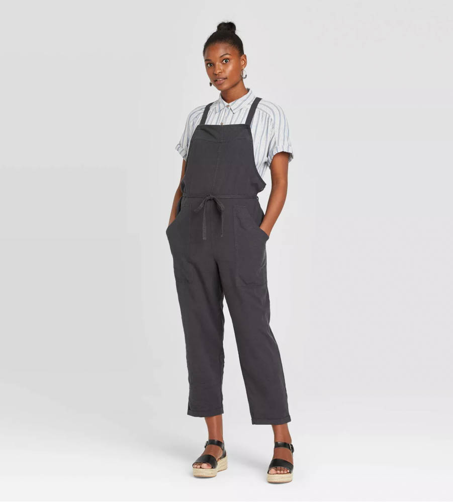 Target summer wardrobe capsule in green, white and gray - linen overalls