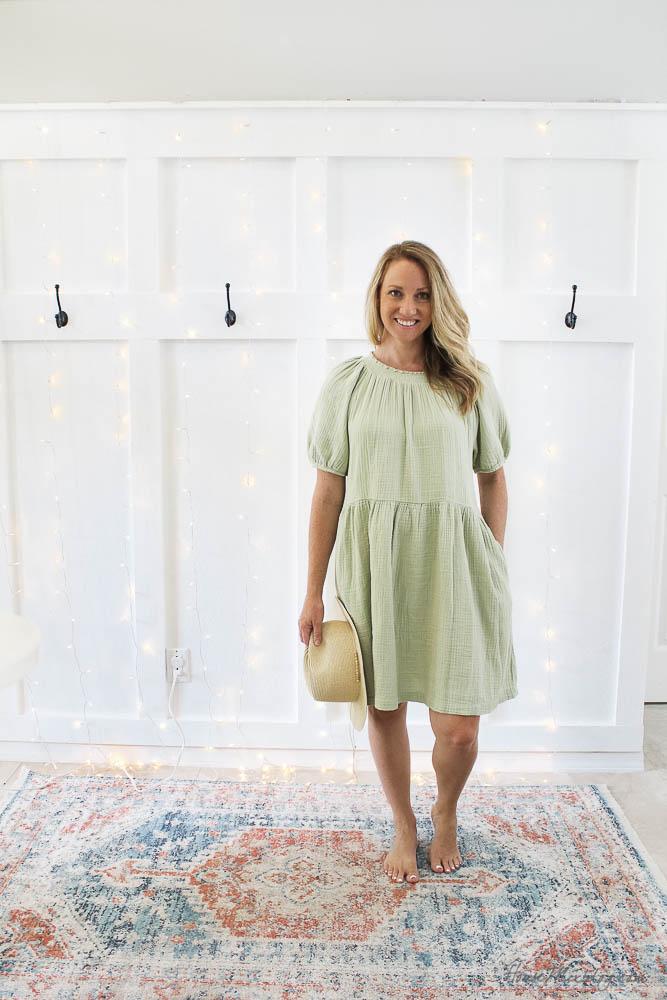 Target summer wardrobe capsule in green, white, gray linen