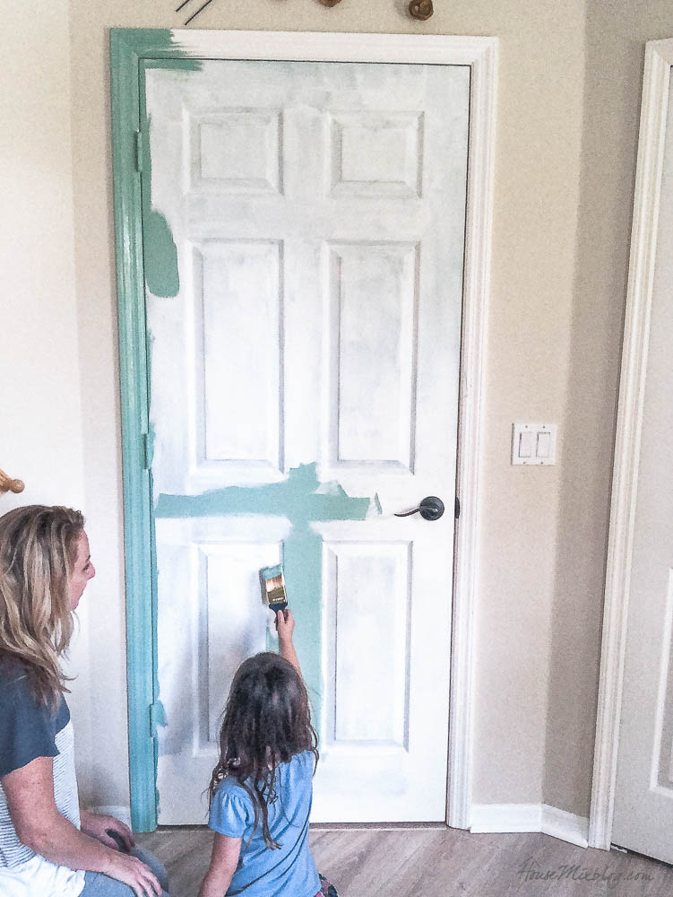 painting an interior door green