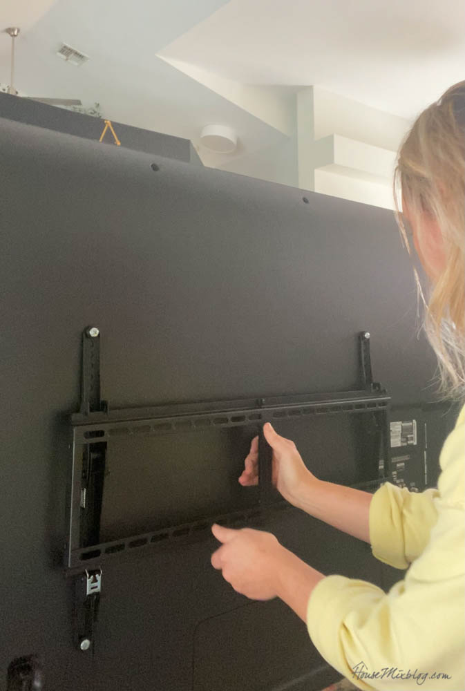 How to mount a tv to the wall and hide the cords